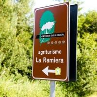 Prenota online il tuo posto o la tua attività all'Agriturismo La Ramiera